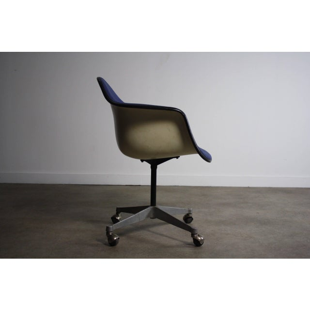 Charles Eames for Herman Miller Mid-Century Chair For Sale In Orlando - Image 6 of 6