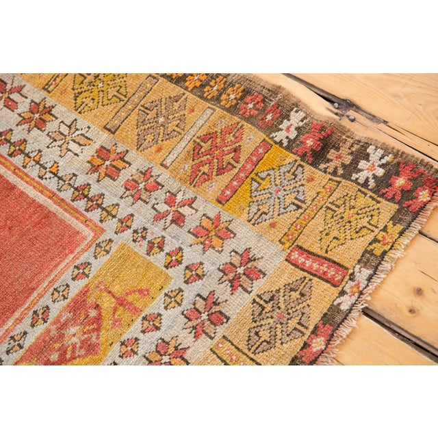"""Textile Vintage Turkish Prayer Rug - 3'8"""" x 5'2"""" For Sale - Image 7 of 13"""