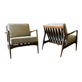 Pair of Danish Lounge Chairs by I. B. Kofod-Larsen for Selig, Circa 1965 For Sale
