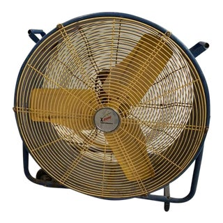 Vintage Rustic Industrial Mid Century Floor Shop Fan For Sale