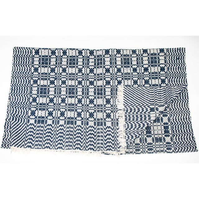 1860s Vintage Blue & White Coverlet For Sale - Image 4 of 4