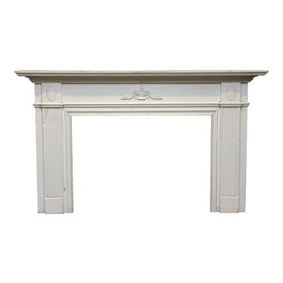 Neoclassical Style Federal American Wooden Mantel For Sale