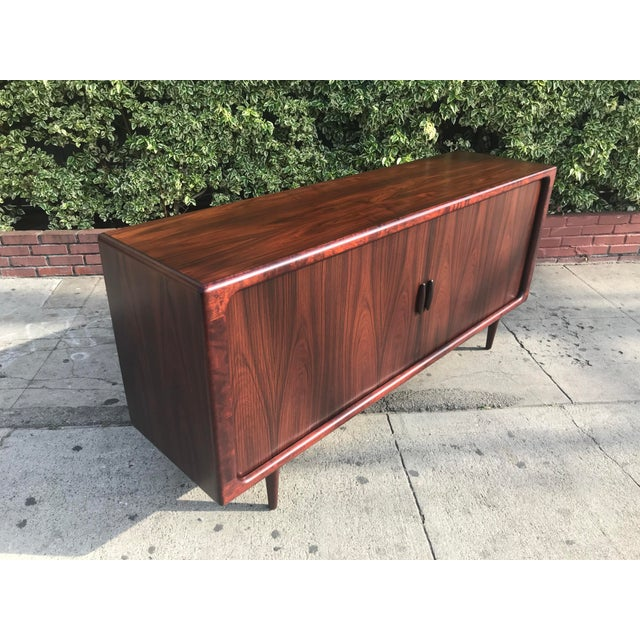 Red Dyrlund Mid-Century Rosewood Credenza For Sale - Image 8 of 11