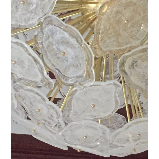 Metal Contemporary Italian Brass & White Frosted Murano Glass Leaf Sputnik Chandelier For Sale - Image 7 of 9