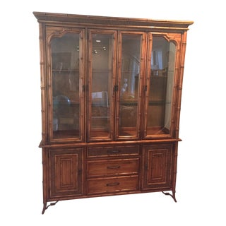 1980s Traditional Stanley Furniture Faux Bamboo Hutch For Sale