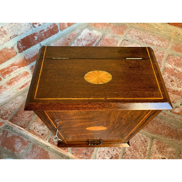 Antique English Inlaid Tiger Oak Pipe Smoke Cabinet Game Box Humidor Copper For Sale - Image 4 of 13
