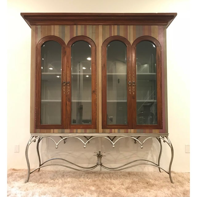 20th Century Traditional Guildmaster Mahogany Striped Curio/China Cabinet For Sale - Image 13 of 13