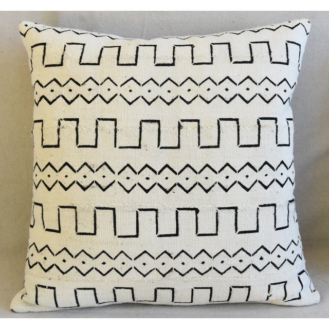 "Abstract Organic Neutral & Black Mali Tribal Mud Cloth Feather/Down Pillows 22"" Square - Pair For Sale - Image 3 of 13"