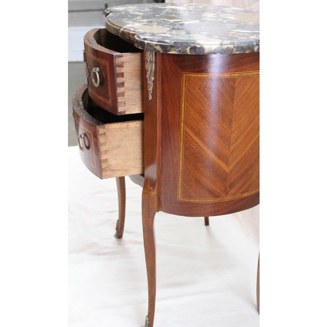 1920s Louis XVI Style Mahogany Marquetry Commode For Sale - Image 4 of 10