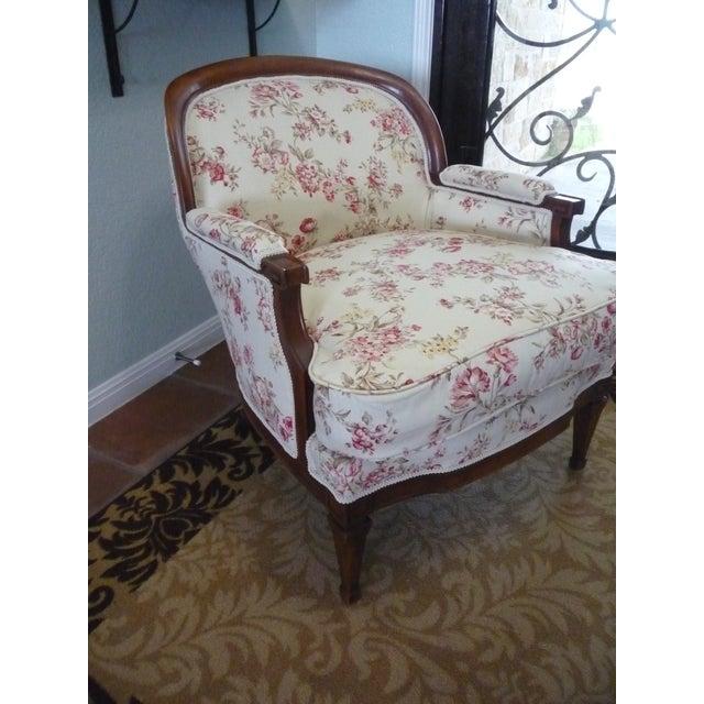"Hollywood Regency Hollywood Regency 5th Avenue Designs ""Covington"" Walnut Boudoir Chair For Sale - Image 3 of 6"