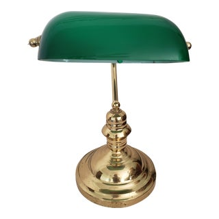 1900s Emerald Glass Shade Traditional Brass Bankers Lamp For Sale