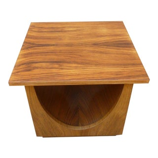 1950s Mid-Century Modern Johnson Furniture Side Table For Sale