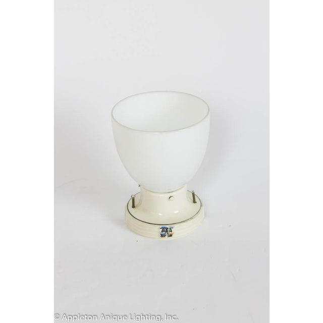 Porcelain flush mount fixture, great for a small space
