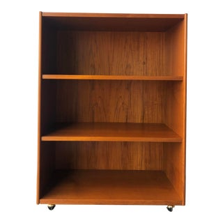 Vintage Mid Century Danish Modern Bookcase / Cabinet With Casters For Sale