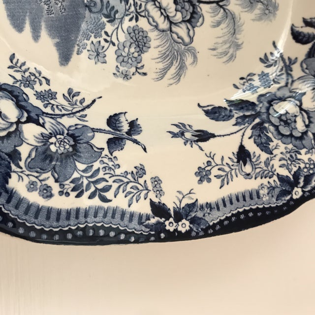 "English Traditional 1950s Vintage Royal Staffordshire Clarice Cliff ""Tonquin"" Platter For Sale - Image 3 of 9"