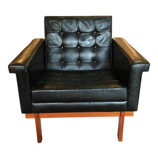 1960s Vintage Danish Teak and Leather Lounge Chair For Sale