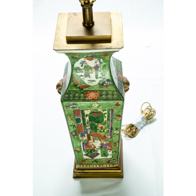 Vintage Chinese Rose Medallion Hand Painted Table Lamp For Sale - Image 12 of 13
