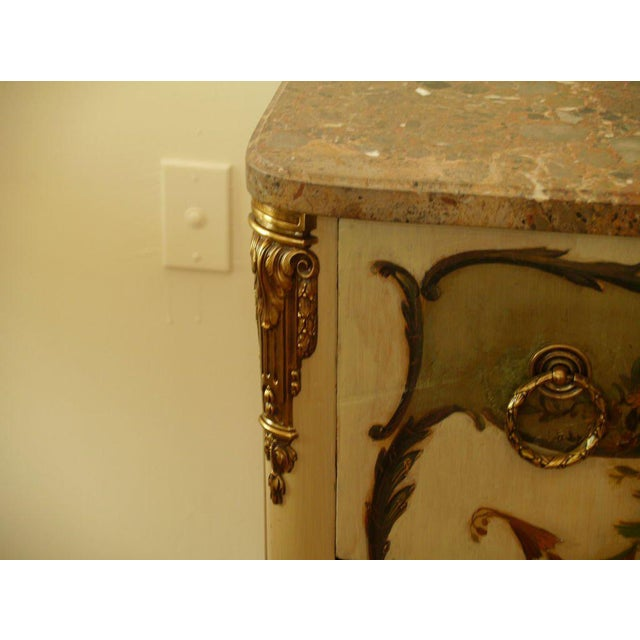 Early 20th Century French Commode For Sale In Miami - Image 6 of 6
