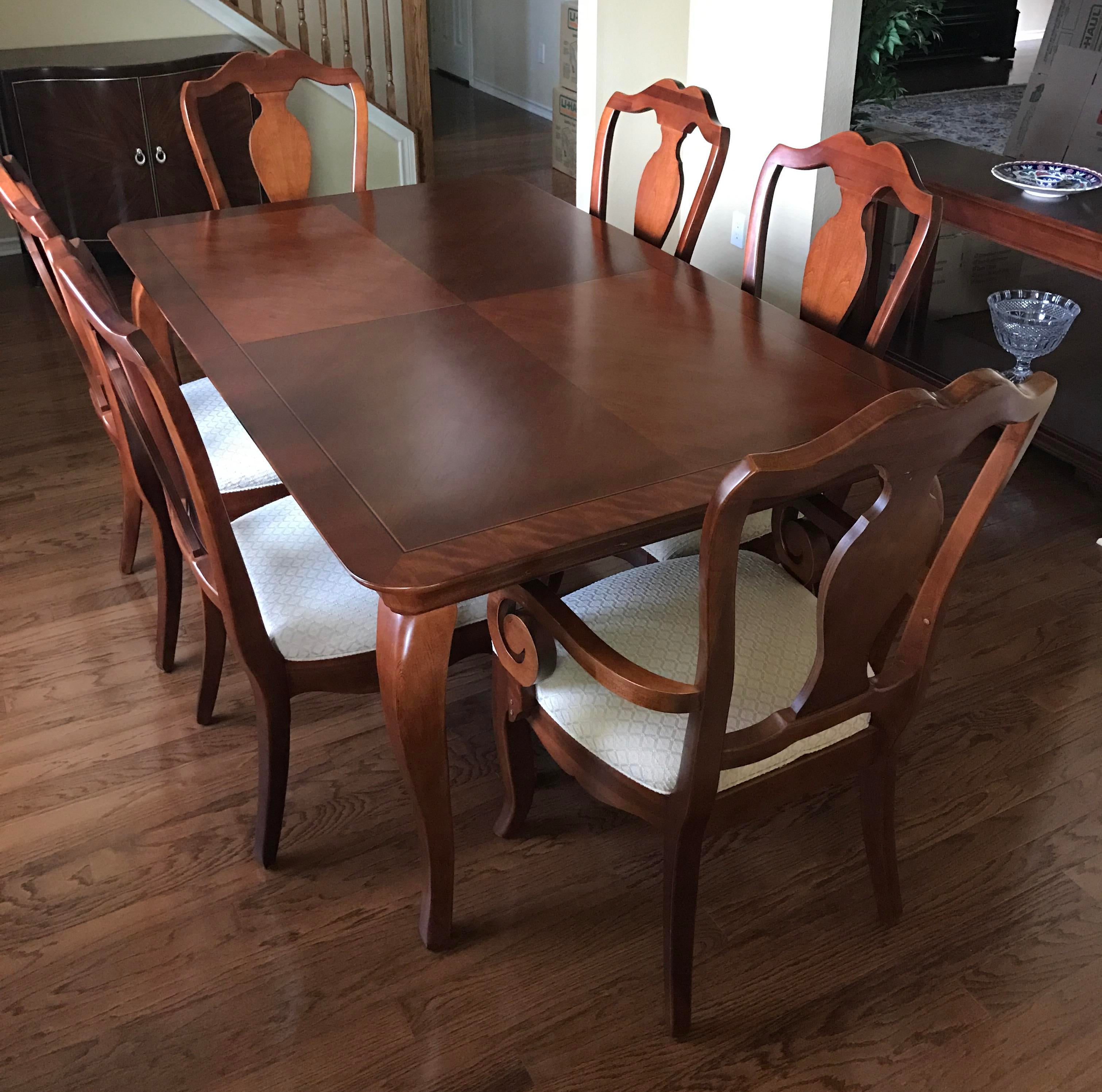 thomasville dining table chairs w leaves chairish rh chairish com thomasville dining table pads thomasville dining table and chairs
