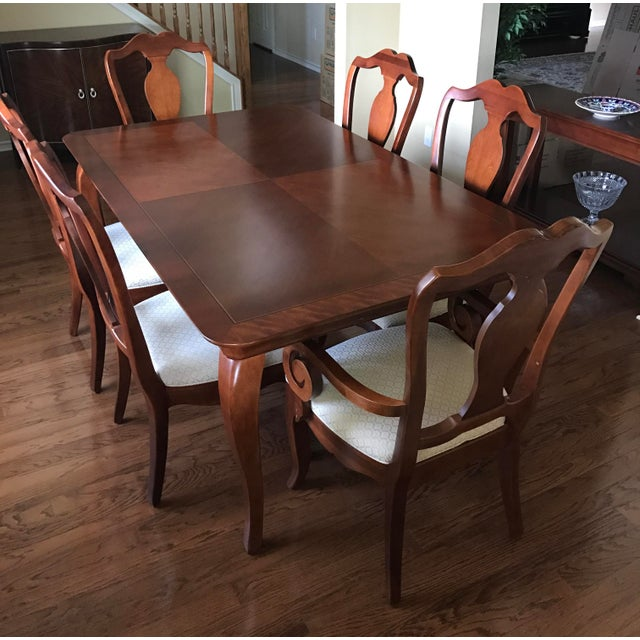 Thomasville Dining Table & Chairs W/ Leaves | Chairish