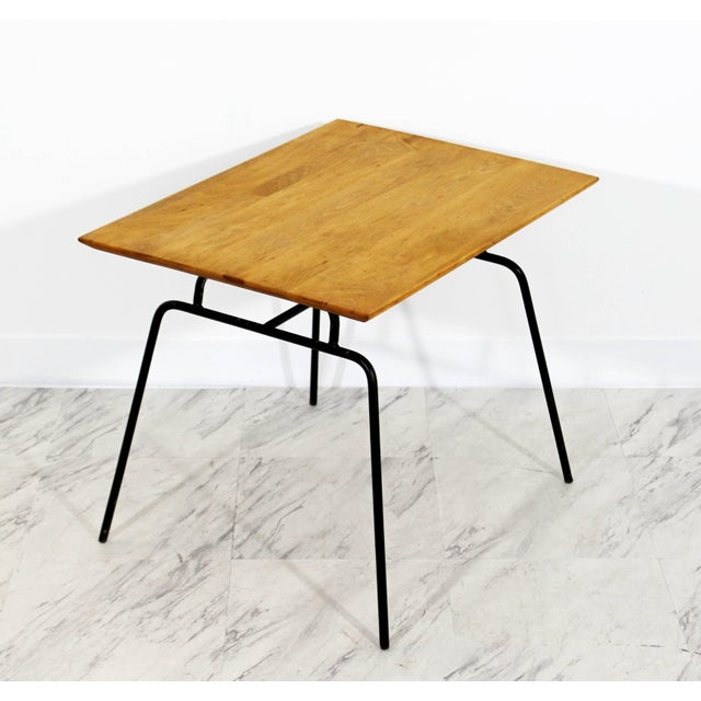 Mid-Century Modern 1950s Mid-Century Modern McCobb Planner Group Winchendon Maple & Iron End Table For Sale - Image 3 of 7