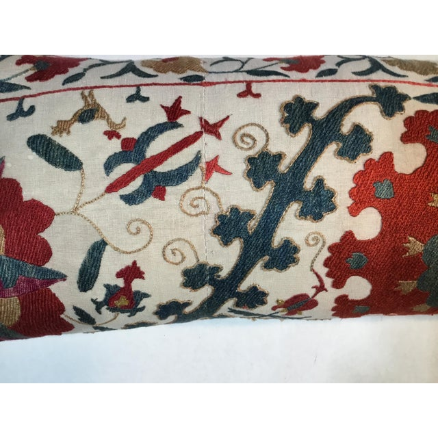 White 1960s Mediterranean Hand Embroidery Suzani Pillow For Sale - Image 8 of 11