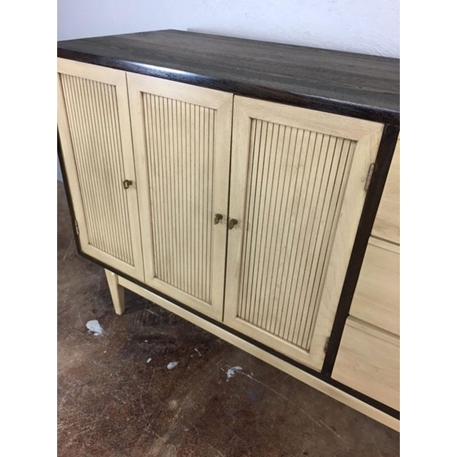 Two-Toned Mid Century Modern Credenza For Sale - Image 4 of 11