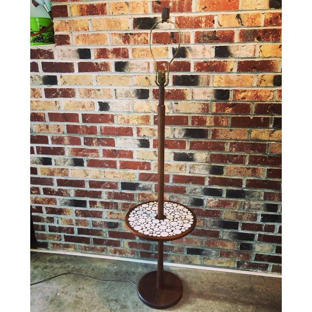 Auburn 1970s Mid-Century Modern Martz Lamp Table Tile Nice For Sale - Image 8 of 9