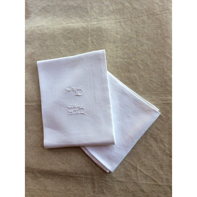 Early 20th Century Antique French Linen Napkins - A Pair For Sale - Image 6 of 8