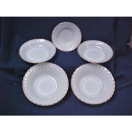 Mid-Century Modern White Fire King Bowls - Set of 5 For Sale - Image 3 of 5