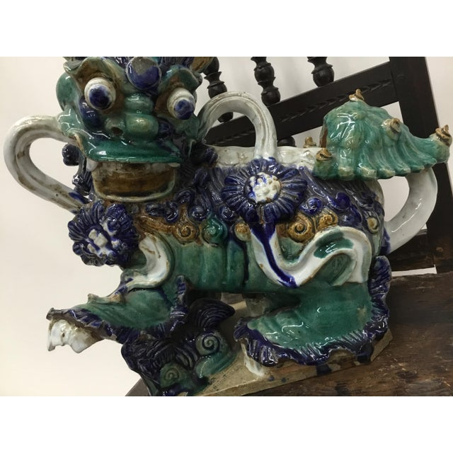 Early 20th Century Vintage Vietnamese Ceramic Foo Dog Figurines- A Pair For Sale - Image 10 of 13