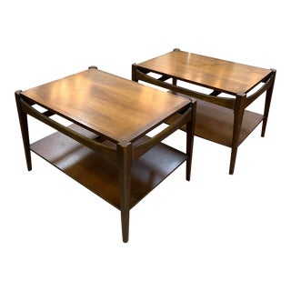 1960s Bassett Furniture Mid-Century Modern Walnut Side Tables - a Pair For Sale