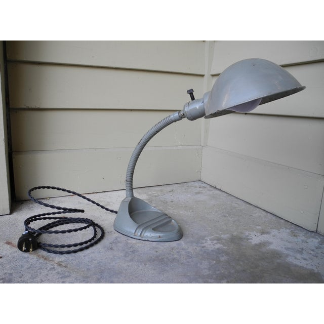 1930s Early 20th Century Modern Industrial Gooseneck Task / Desk Lamp For Sale - Image 5 of 13