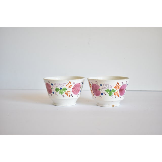Antique C. 1810-1820 Pink Luster Staffordshire Creamware Tea Bowls - a Pair For Sale - Image 12 of 13