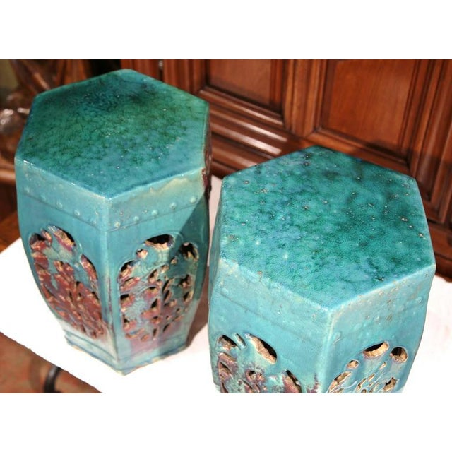 Early 20th Century Asian Green Porcelain Garden Stools - A Pair - Image 4 of 7
