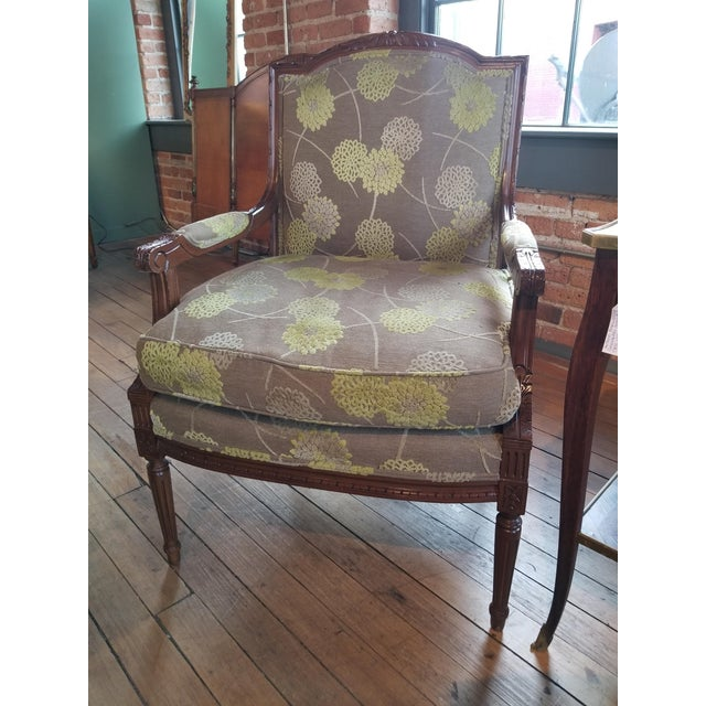 Wonderful Edward Ferrell fauteuil with green floral cut velvet on a khaki field. This is a really nice, modern upholstery...