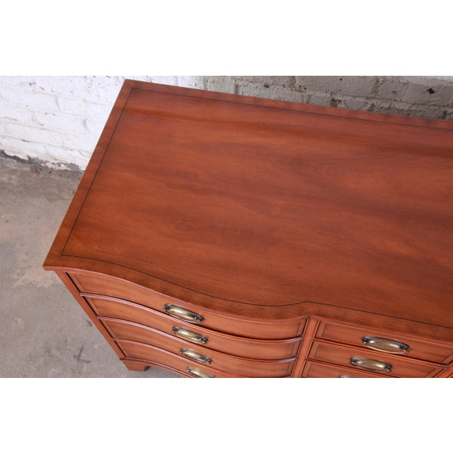 Heritage Henredon Inlaid Mahogany Twelve-Drawer Long Dresser For Sale In South Bend - Image 6 of 9