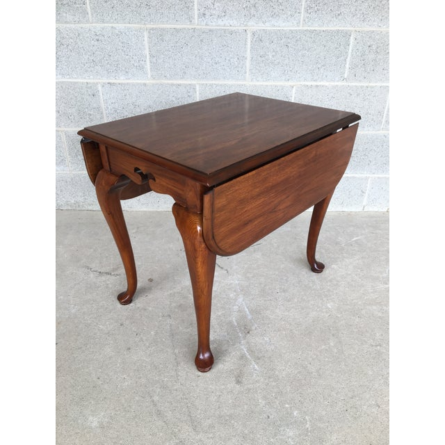 Queen Anne Drexel Heritage Coventry Manor Mahogany Drop Leaf Side Table For Sale - Image 3 of 11