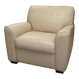 American Leather Lounge Chair in Bone Leather For Sale