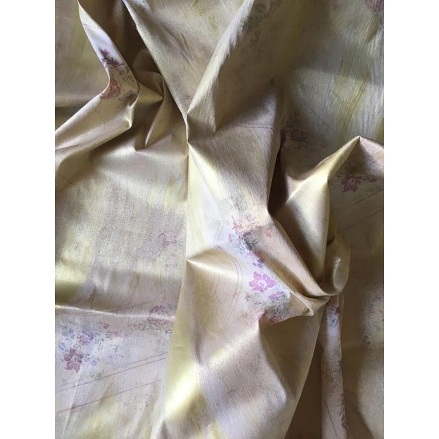 Belle Epoque Moving Sale - Make an Offer - Everything Must Go - Ralph Lauren Gold Lamé Floral Fabric For Sale - Image 3 of 5