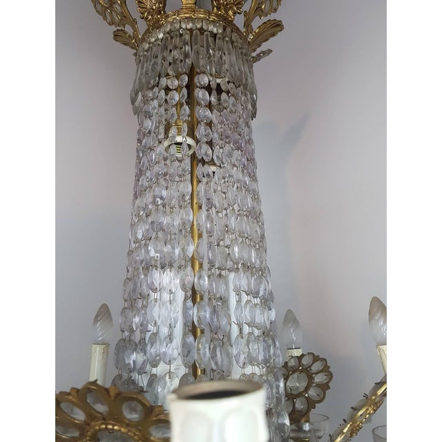 Empire 19th Century French Empire Style Gilded Bronze and Crystals Chandelier For Sale - Image 3 of 10