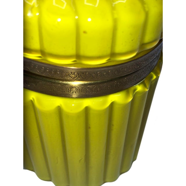 1950s Mid Century Murano Opaline Box For Sale - Image 5 of 6