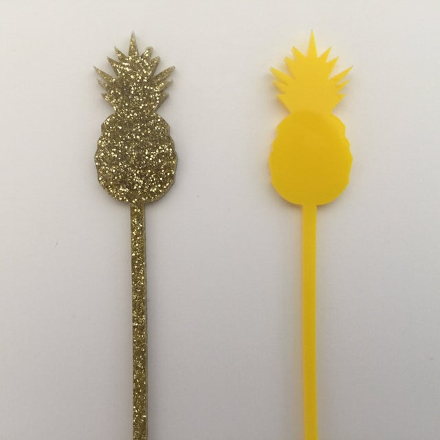 Gold Glitter Pineapple Drink Stirrers - Set of 6 - Image 5 of 5