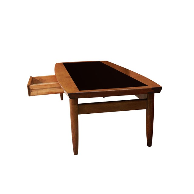 American of Martinsville Mid Century Modern Surfboard Coffee Table American of Martinsville Dania Collection Walnut Black Laminate For Sale - Image 4 of 11