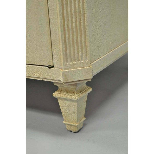 Wood French Neoclassical Louis XVI Style Cream & Gold Painted Bar Cabinet by Decca A For Sale - Image 7 of 11