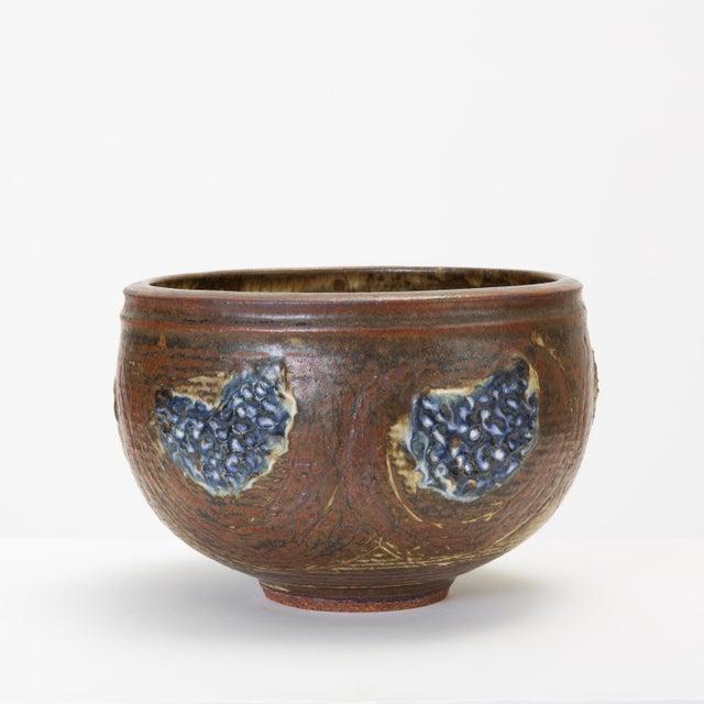 1950s Vivika and Otto Heino Studio Pottery Bowl For Sale - Image 5 of 9