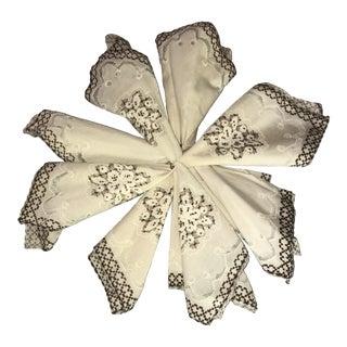 Vintage Embroidered Linen Napkins - Set of 8 For Sale