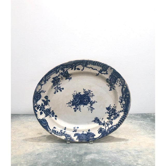 Staffordshire Victorian Blue and White Platter, England Circa 1870 For Sale In San Francisco - Image 6 of 6