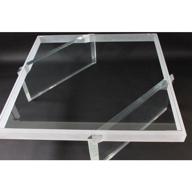 Late 20th Century Mid-Century Modern Large Lucite Glass Coffee Table For Sale - Image 5 of 9