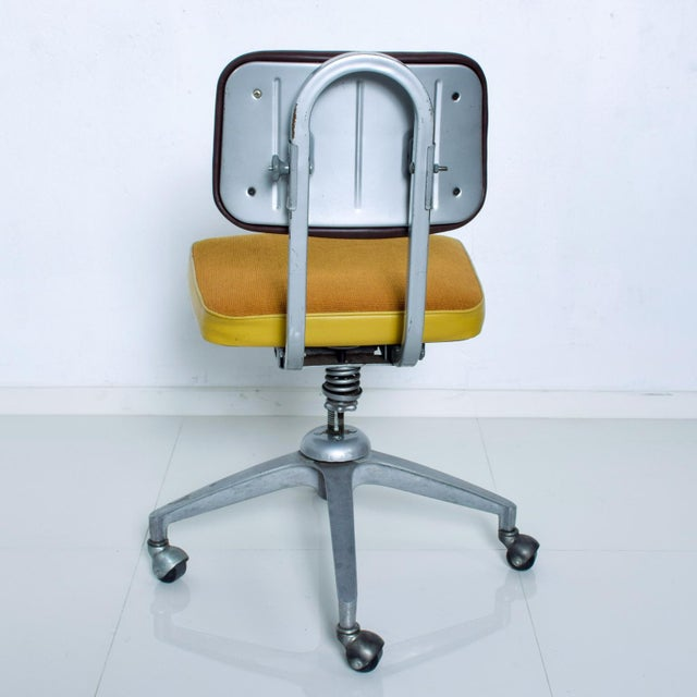 1970s Vintage Rolling Industrial Cosco Tanker Office Desk Chair For Sale - Image 5 of 10